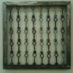 """""""40 giorni"""" 2012 40 chiavi di ferro del carcere di Rebibbia 69x69x4 cm"""