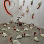 """""""Tartarughe felici"""" installazione nella Galleria Pio Monti, Roma"""